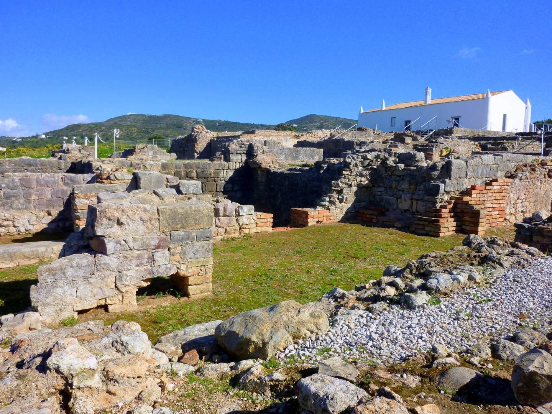 Algarve Sehenswürdigkeiten: Die römische Villa von Milreu
