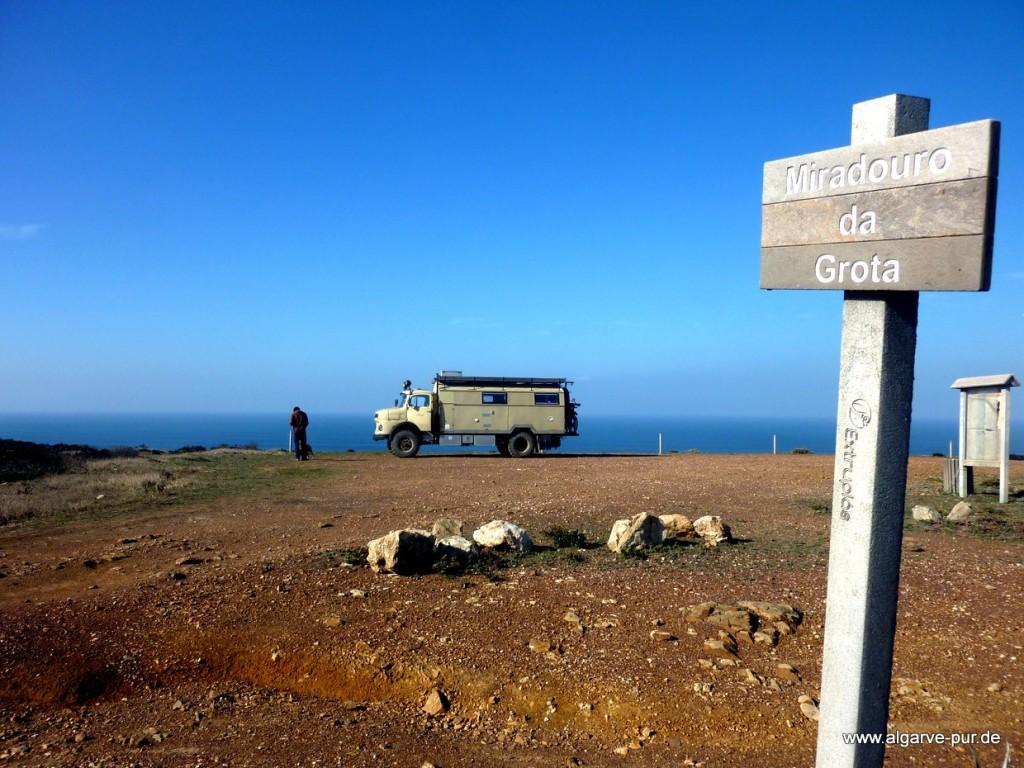 Aussichtspunkt über den Stränden Cordoama und Castelejo, Algarve, Portugal