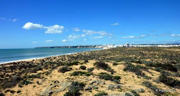 Praia Armacao de Pera