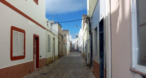 Die Altstadt von Fuseta, Algarve, Portugal