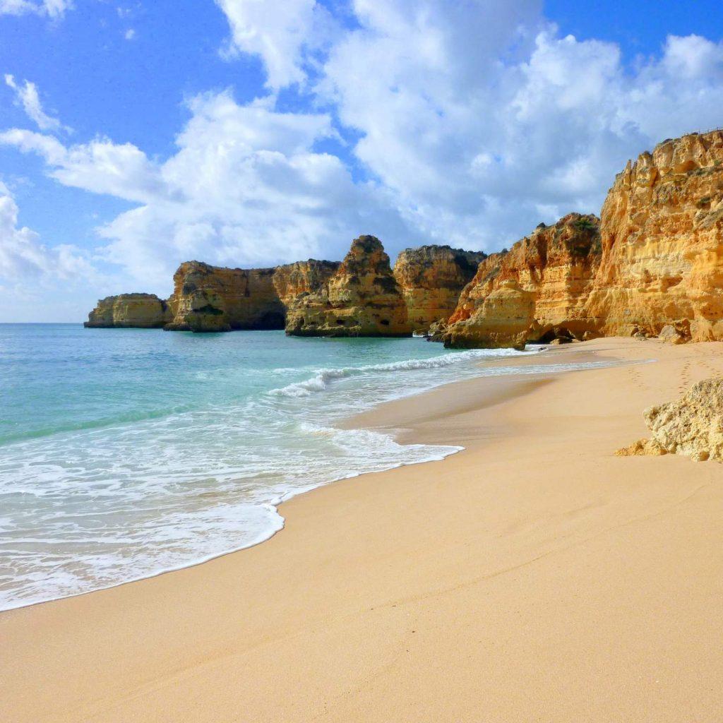 Wandern vom Praia da Marinha zum Praia de Benagil