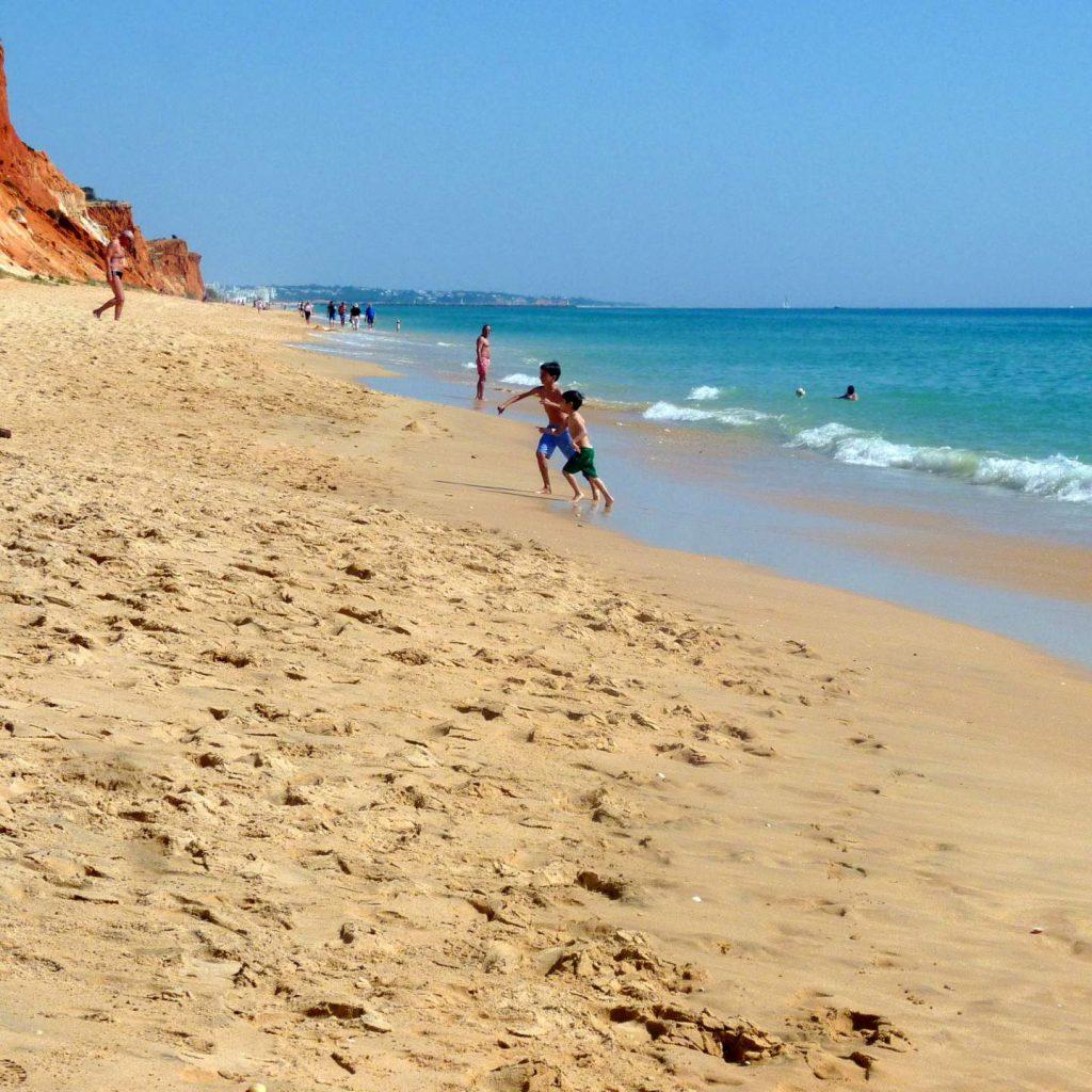 Quarteira Urlaub mit Kindern am Praia da Falésia