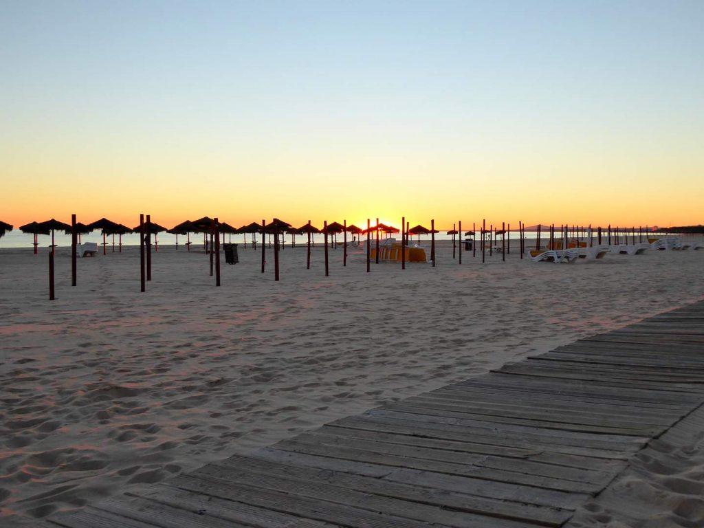 Algarve Strände: Praia Monte Gordo