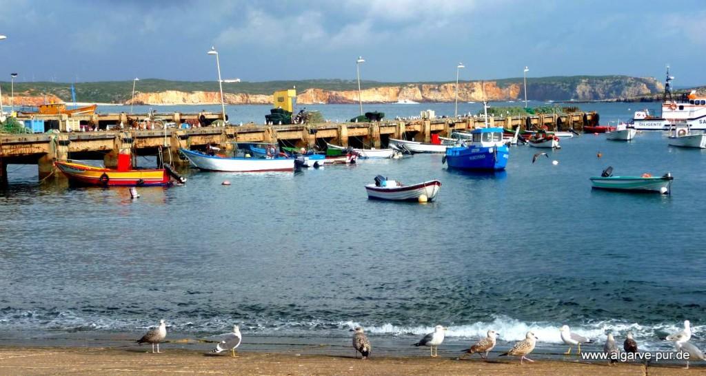 Im Hafen von Sagres